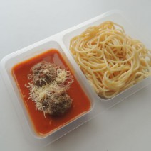 Masové čufty v rajské omáčce, špagety
