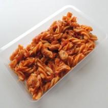 Těstovinový salát DUO s kuřecím masem